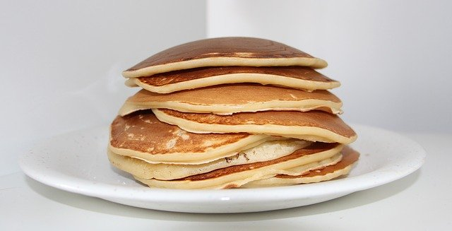 FREE FOOD – IHOP – International House of Pancakes – FREE Pancakes